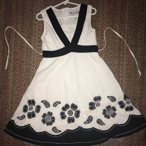Other - Stylish black and white party dress, size 7